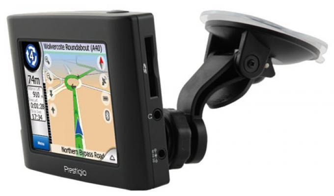 GPS-навигатор GeoVision 350 позволяет выбирать и устанавливать наборы именн