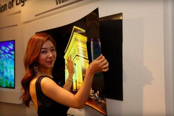 Уникальный настенный дисплей от LG